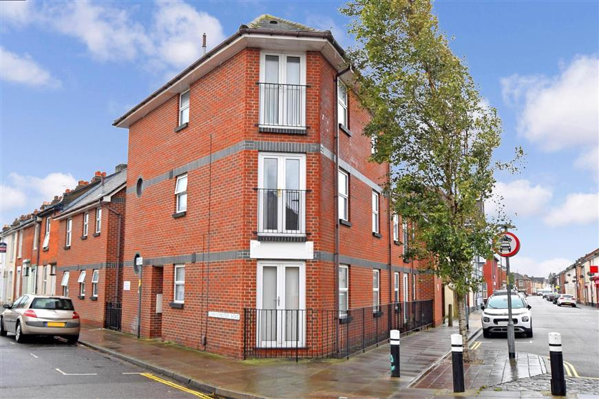 manchester road, portsmouth, hampshire 1 bed apartment for sale - 22,500