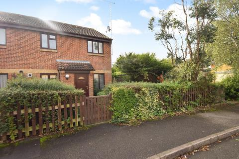 1 bedroom end of terrace house to rent - Alder Close, Cippenham, Slough, SL1