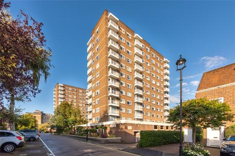 3 bedroom flat for sale - Buttermere Court, Boundary Road, London