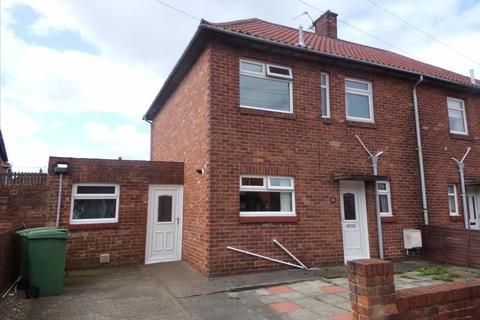 3 bedroom semi-detached house to rent - Hollymount Square, Bedlington, Northumberland, NE22 5AH