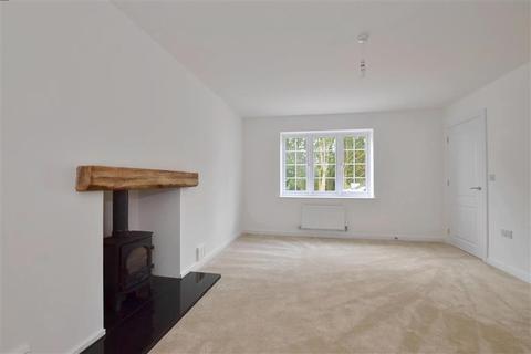 4 bedroom detached house for sale - Rye Road, Hawkhurst, Kent