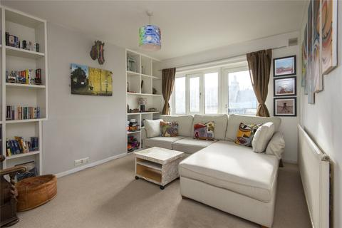 2 bedroom flat to rent - Pepys House, Kirkwall Place, London, E2