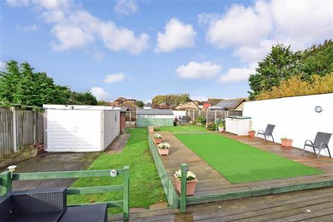 3 bedroom detached bungalow for sale - Sea View Road, Cliffsend, Ramsgate, Kent