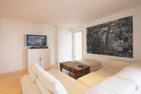 3 bedroom flat for sale - Barrow Stores Court, 42 Decima Street, London, SE1