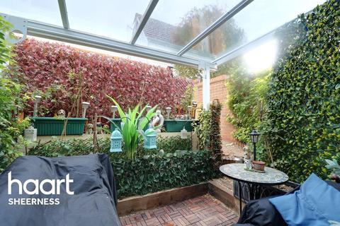 3 bedroom semi-detached house for sale - Primrose Way