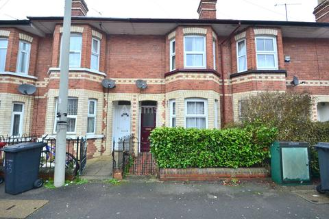 3 bedroom terraced house to rent - Swainstone Road, Reading