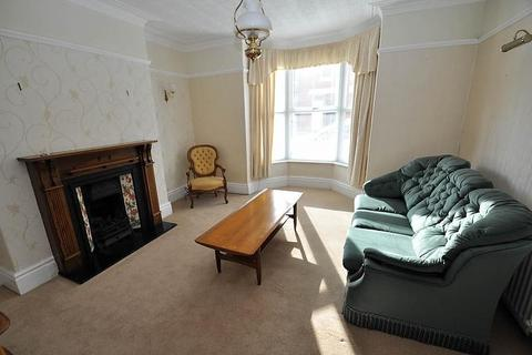 2 bedroom flat for sale - Crondall Street, South Shields