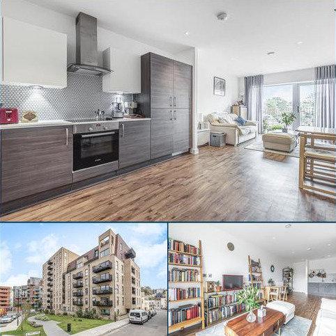 2 bedroom flat for sale - Moy Lane London SE18