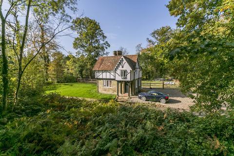2 bedroom detached house for sale - Tonbridge/ Tunbridge Wells border