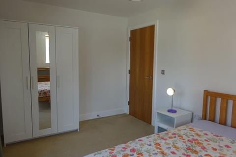 2 bedroom flat to rent - 28 Alfred Knight Way, Park Central, Birmingham, B15