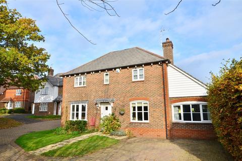 3 bedroom detached house for sale - East Grinstead, West Sussex, RH19