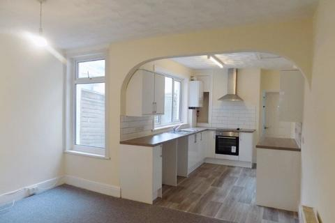 2 bedroom terraced house to rent - Frogmore Road, Southsea
