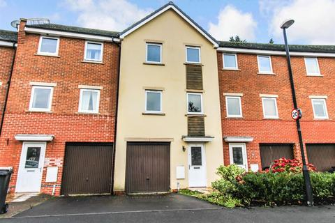 4 bedroom terraced house to rent - Celsus Grove, Old Town, Swindon