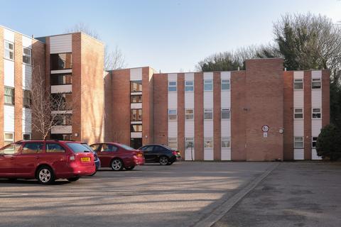 Studio to rent - Harwood Road, Heaton Mersey