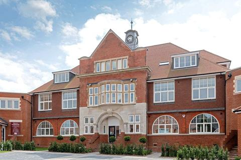 3 bedroom flat for sale - The Ridgewood Centre,, Old Bisley Road,, Frimley, GU16