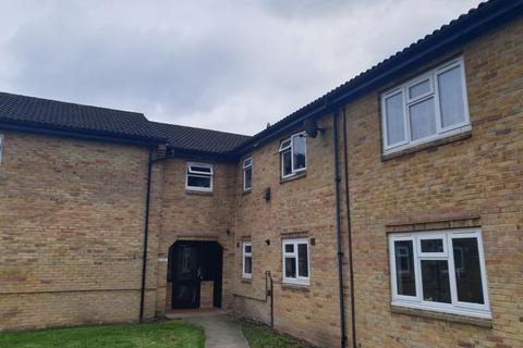 2 bedroom flat to rent - Heron Wood Road, Aldershot