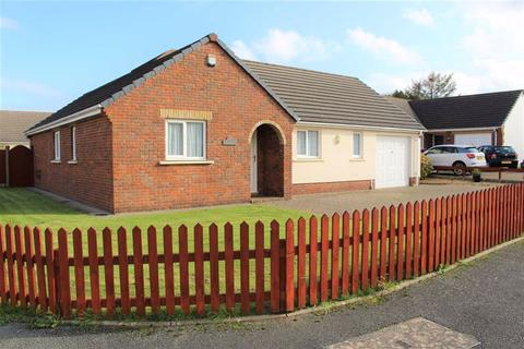 3 bedroom detached bungalow for sale - Gibbas Way, Pembroke