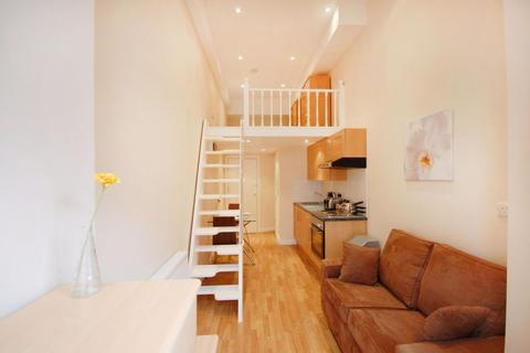 Studio to rent - Palace Court, Notting Hill / Bayswater, W2
