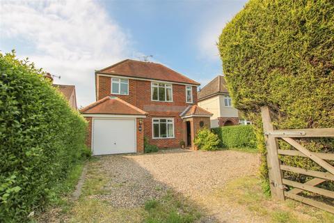 3 bedroom detached house to rent - Marroway, Weston Turville, Aylesbury