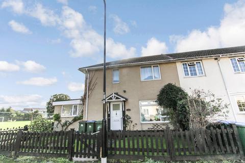3 bedroom end of terrace house for sale - Crigdon Close, Southampton, SO16