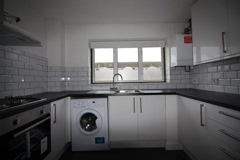 2 bedroom terraced house to rent - Stowe Crescent, Ruislip