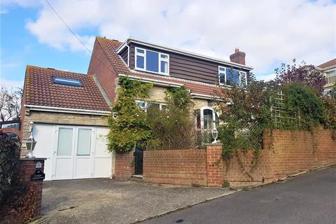 4 bedroom detached house for sale - Bowleaze Coveway, No Onward Chain