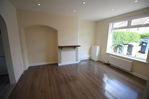 3 bedroom terraced house to rent - Goldbeaters Grove, Edgware