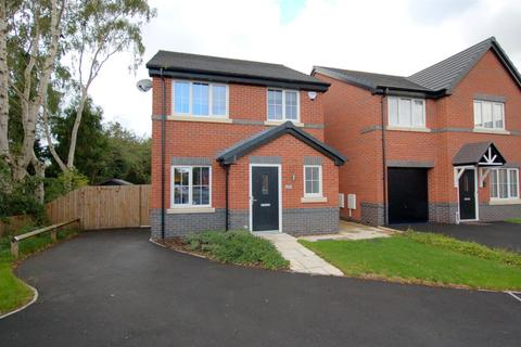 3 bedroom detached house for sale - Diamond Close, Shavington, Crewe