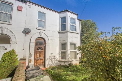 1 bedroom flat for sale - Hazelbank Road, London