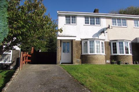 3 bedroom house to rent - Highfields, Brackla, Bridgend, CF31 2PB