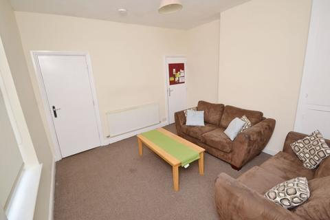 4 bedroom house to rent - Dunkirk Road, NG7 - UON/QMC