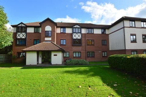 1 bedroom flat for sale - Wordsworth Mead, REDHILL, RH1 1AL