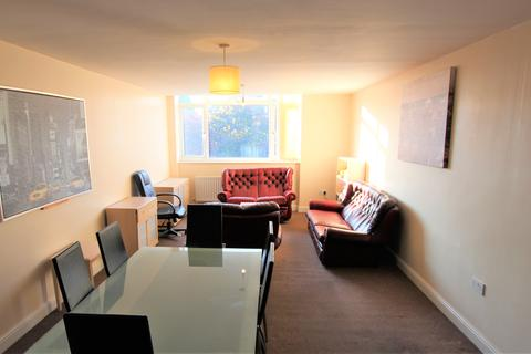 1 bedroom flat share to rent - Benton Road, High Heaton, Newcastle Upon Tyne NE7