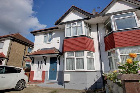 2 bedroom maisonette for sale - Everton Drive, Stanmore, HA7