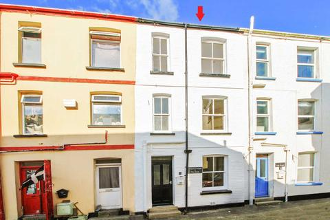 2 bedroom cottage for sale - The Quay, East Looe