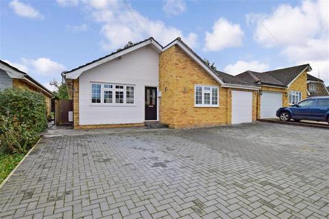 3 bedroom bungalow for sale - Kingsingfield Road, West Kingsdown, Sevenoaks, Kent