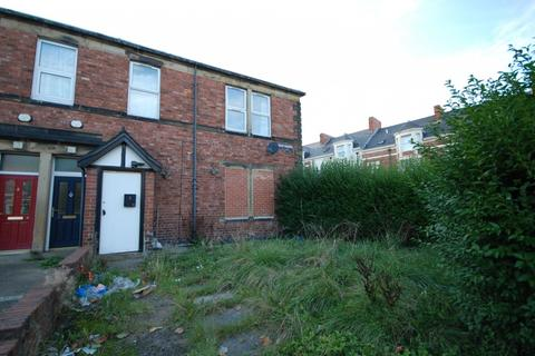 2 bedroom flat for sale - Camborne Grove, Gateshead