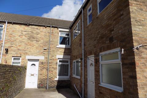2 bedroom flat to rent - Hawthorn Road, Ashington  NE63