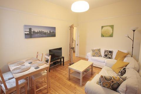3 bedroom apartment to rent - Hazelwood Avenue, Jesmond, Newcastle Upon Tyne