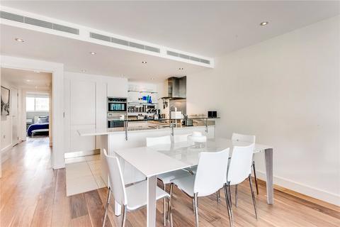 2 bedroom flat to rent - Flat 40 Howard Building, 368 Queenstown Road, London