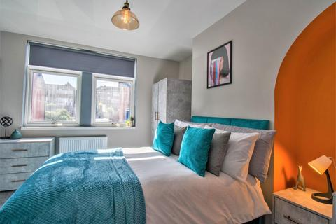1 bedroom house share to rent - East Park Parade, Leeds, LS9 9DA
