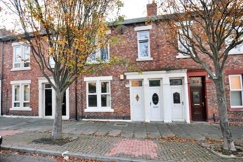 2 bedroom flat for sale - John Williamson Street, South Shields
