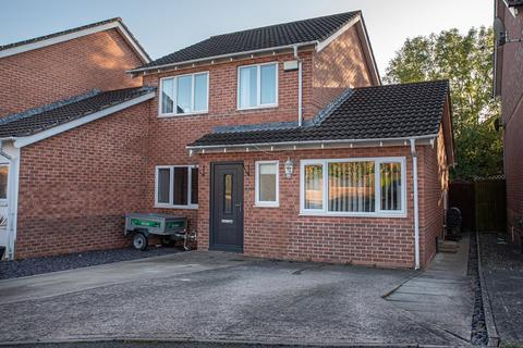 3 bedroom link detached house for sale - 48 Heol Corswigen, Pencoedtre Village, Barry, The Vale Of Glamorgan. CF63 1AS