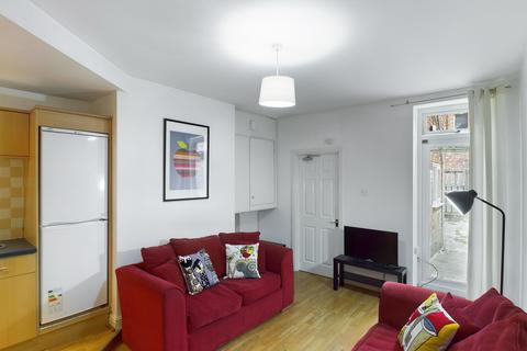 3 bedroom apartment to rent - Dinsdale Road, Sandyford, Newcastle Upon Tyne