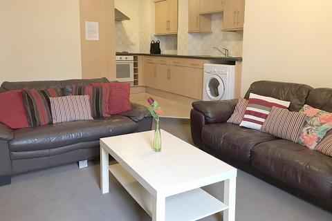 3 bedroom apartment to rent - Helmsley Road, Sandyford, Newcastle Upon Tyne