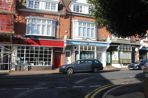 Studio to rent - Meads Street, Eastbourne BN20