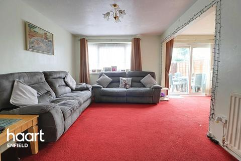 3 bedroom flat for sale - Hadrians Ride, Enfield