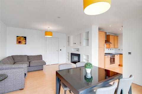 2 bedroom apartment to rent - Dwyer House, 2 Townmead Road, London, SW6