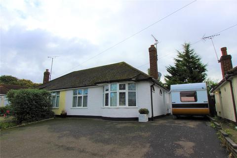 2 bedroom bungalow to rent - Sherwood Crescent, Benfleet, Essex, SS7