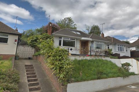 4 bedroom bungalow for sale - Midhurst Hill, Bexley/Bexleyheath/Kent, DA6